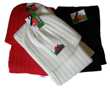 Beckham Welsh Hat/ Scarf Set